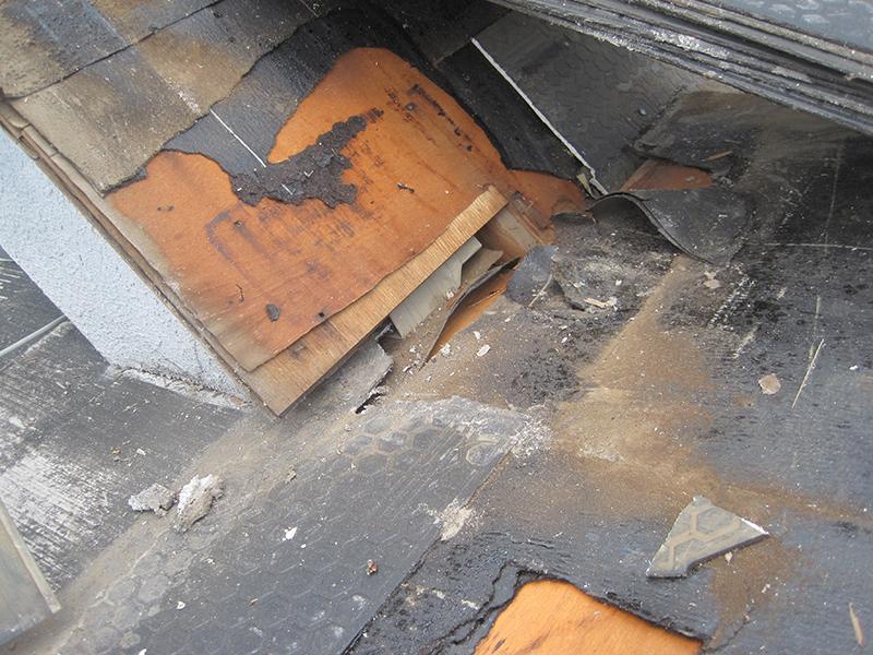 屋根板金の修理・交換にはご加入中の火災保険が使えます!