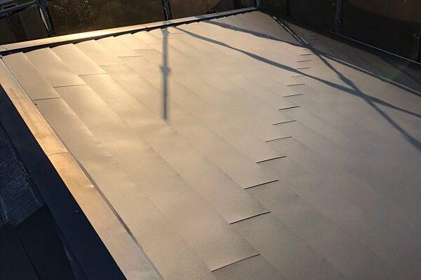 三重県松阪市 M様邸 屋根重ね葺き工事(屋根カバー工法) (3)