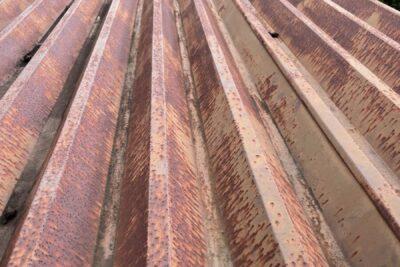 明和町で倉庫屋根の現場調査にうかがいました
