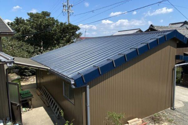 明和町 I様 倉庫 家根カバー(重ね葺き)  外壁張り替え、鉄骨塗装